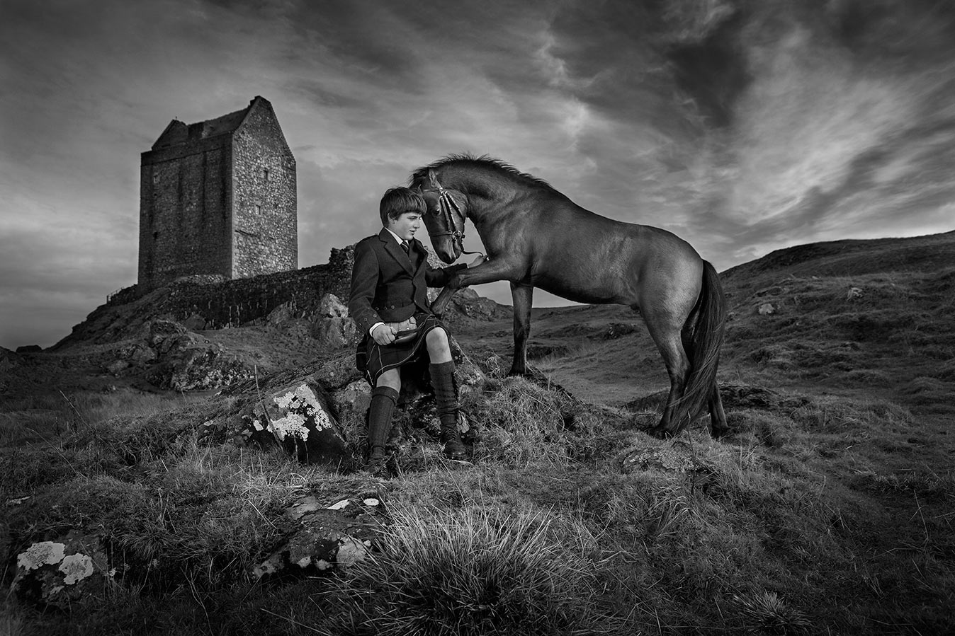 Caspian-Stallion-in-the-Scottish-Highlands-B-W