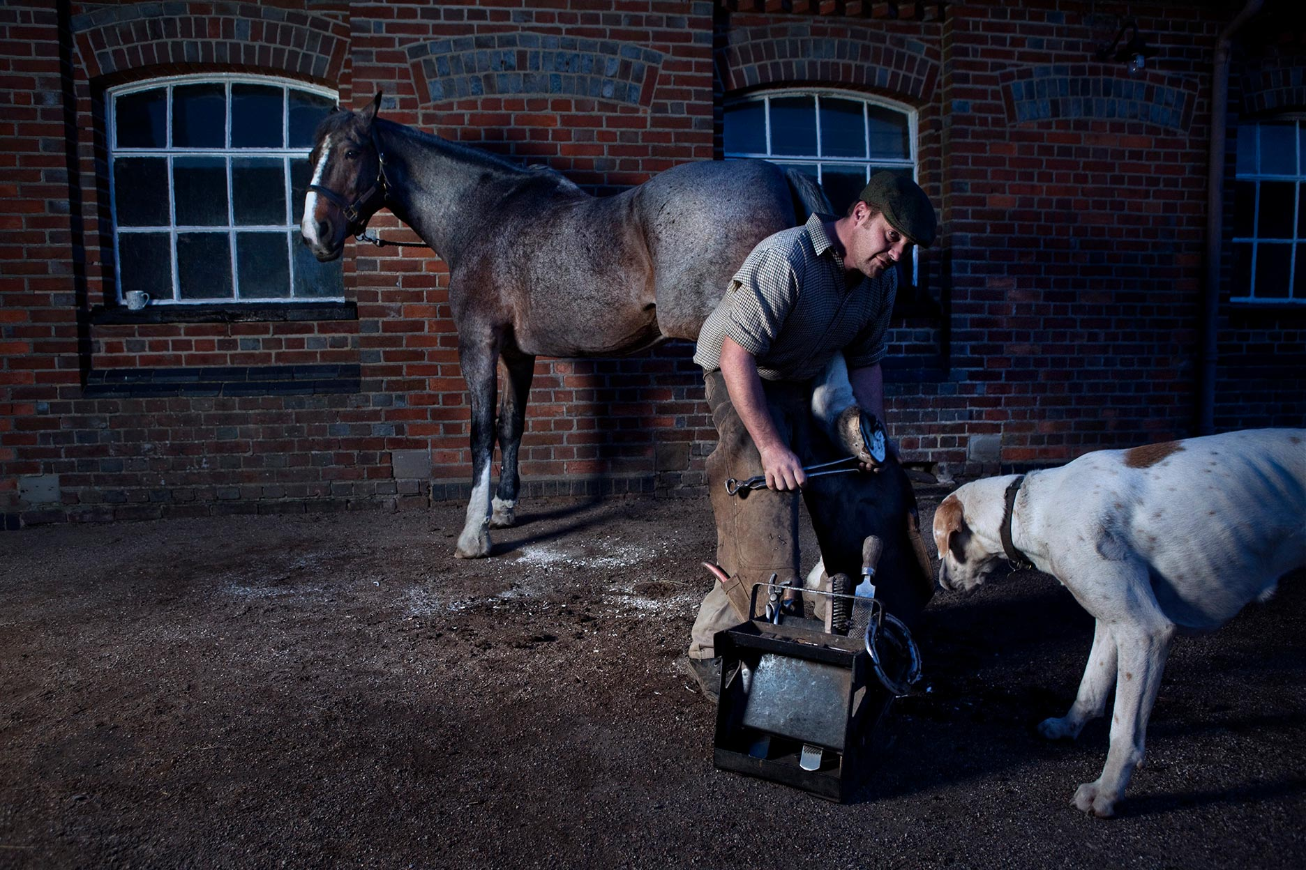 Colin_Barker_Farrier_Trimming_Hoof