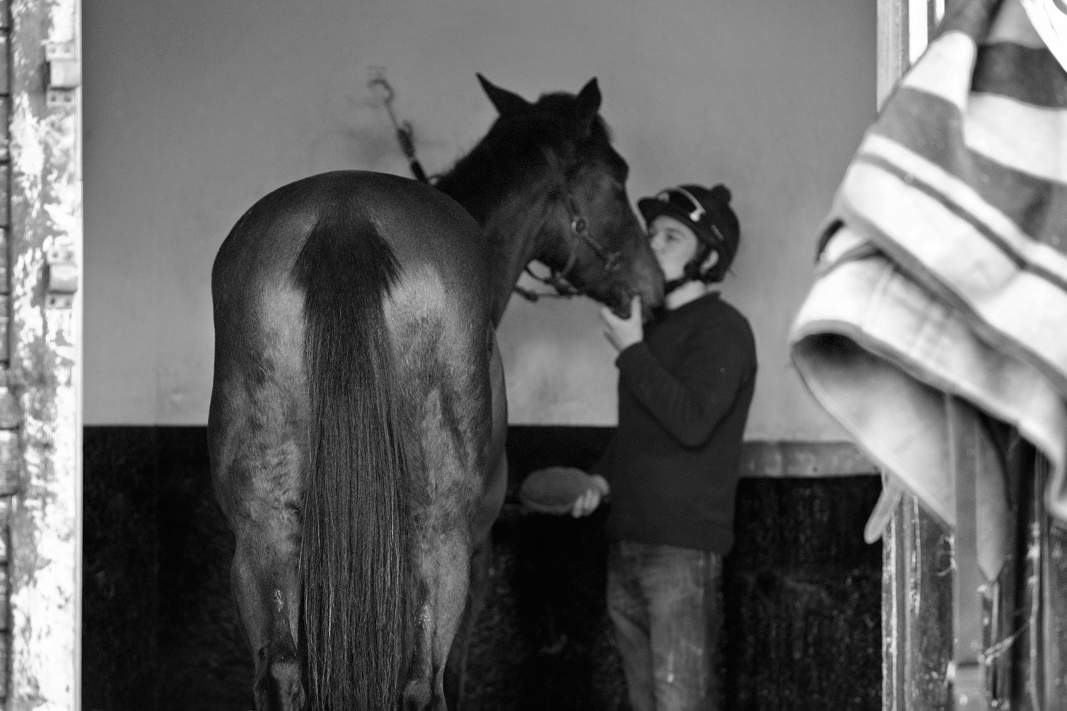 Grooming-at-Lower-Coombe-B-W